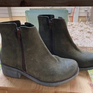 NAOT Olive Green Wander Boots W-9